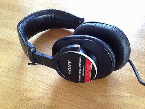 cd900 011 ヘッドホン修理|Bose Trriport AE1からaround ear headphonesへ